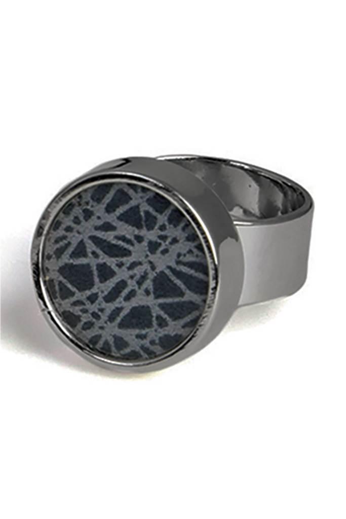 Virrvarr ring mörkgrå liten