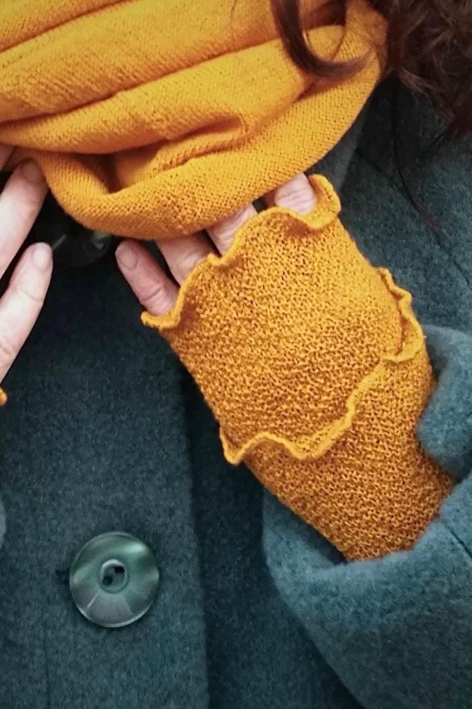 Handledsvärmare muddar mosstickad saffron