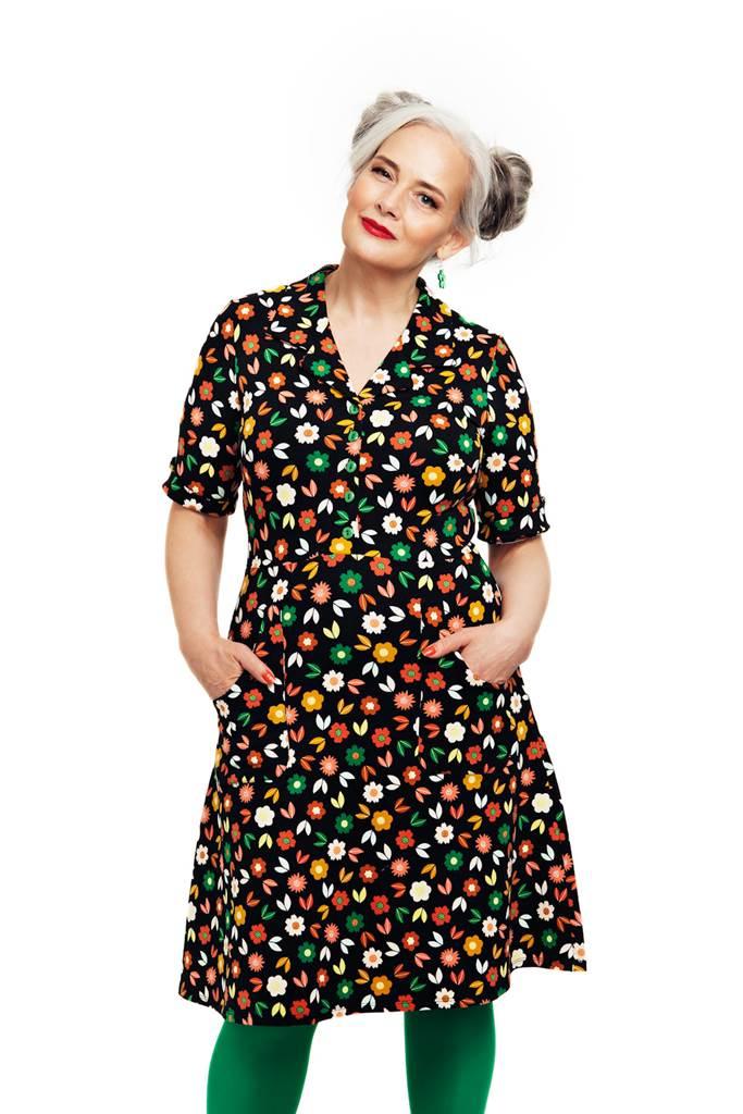 Monica klänning Teori