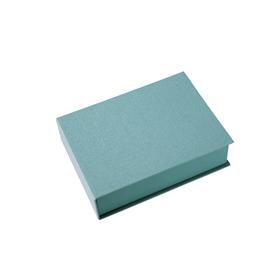 Box, Light green