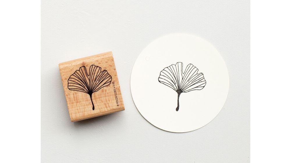 Stamp Ginko leaf outline