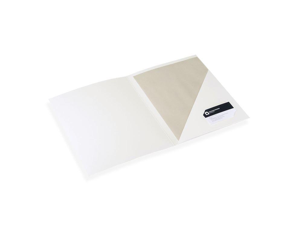 Paper folder, off white