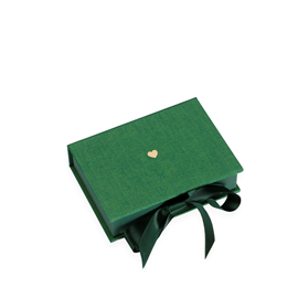 Box with Silk Ribbons, Clover Green, Little Heart