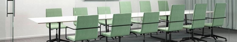Konferensbord eluttag