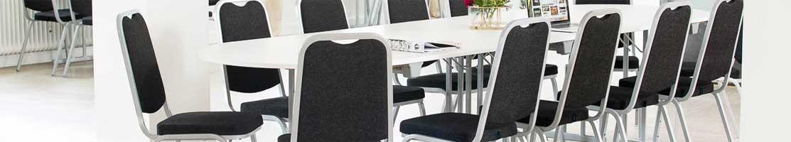 Paketpris bord + stolar