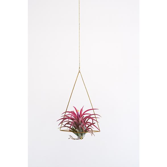 Brass hanger, Triangle no' 1