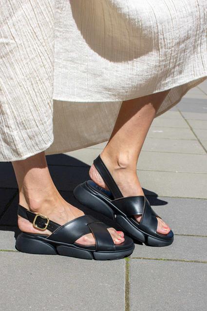 Barisci Sandal