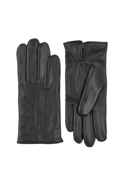 William Gloves
