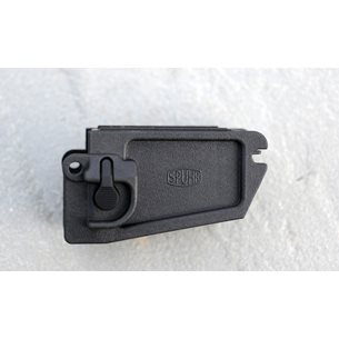 Spuhr R-8 Magwell G36/SL8 for M4 magazines