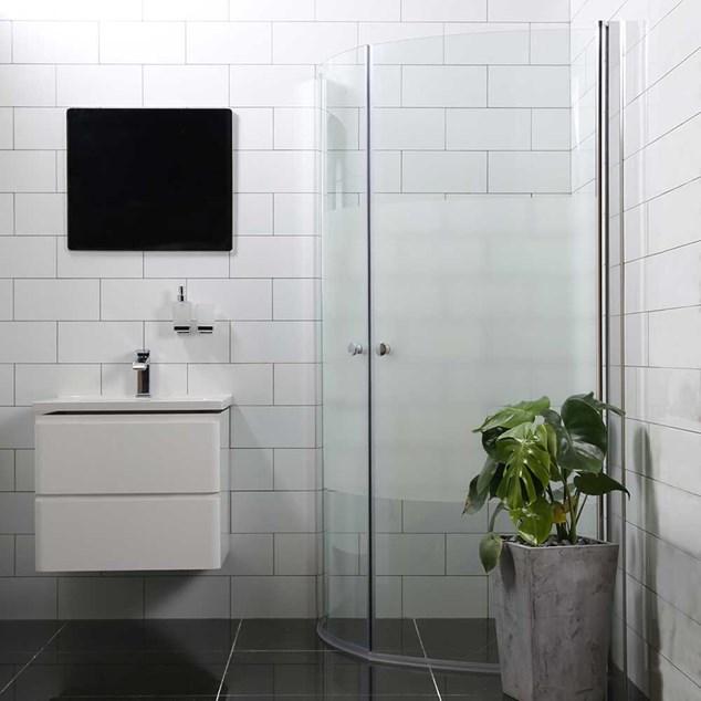 Bathlife Brusehjørne Mångsidig Rund Dør 45° 700 + Rund Dør 45° 900 Delvist Frostet Glas