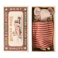 Big sister mouse in match box